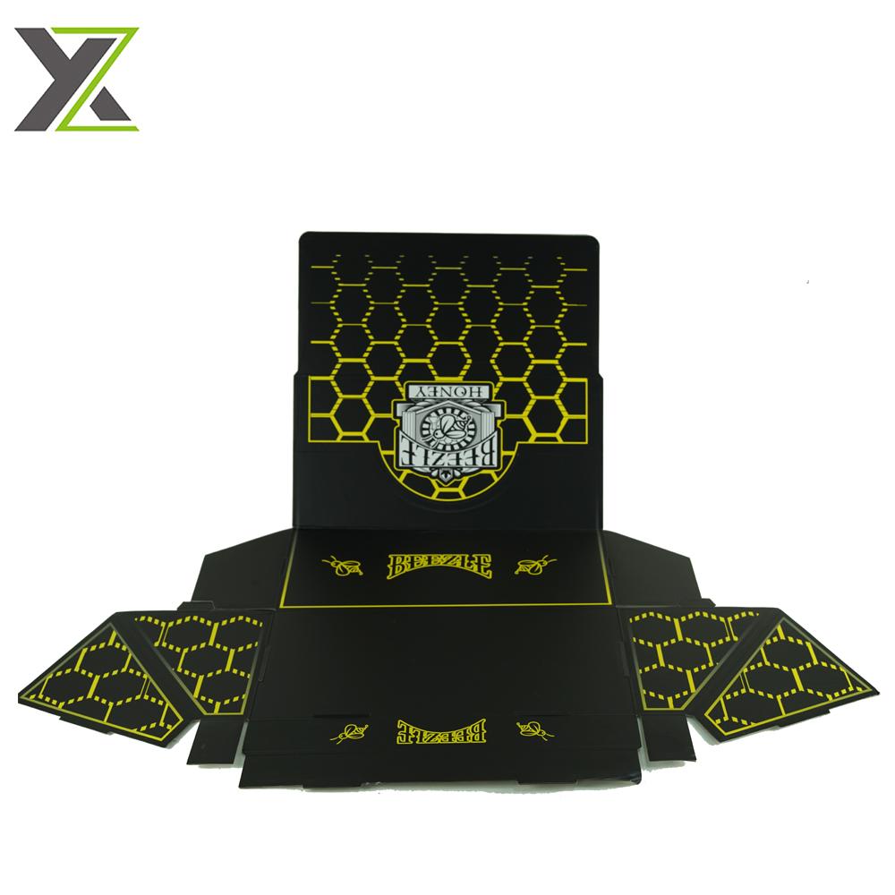 Custom self-assemble display folding box